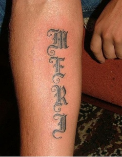 Tatto Letering on Uu27itu  Tattoo Fonts Old English Style Writing